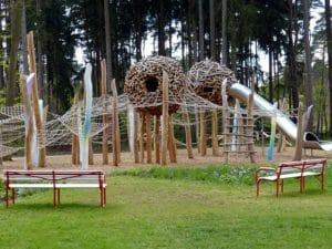 Wandern mit Kind - ein toller Spielplatz hebt die Stimmung