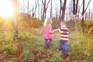 Wandern mit Kind - in einer Gruppe wandert es sich besser